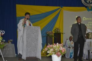 Fr. Edwin Fernandez, SVD giving his message to Fr. Roberto J. Ibay, SVD during the Rite of Installation